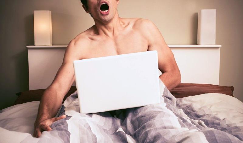 miley cyrus boob nude sex